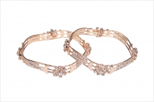 Jawaharaat Cubic zerkonia embellished bangles with gold plating floral design 20141216_bangle8