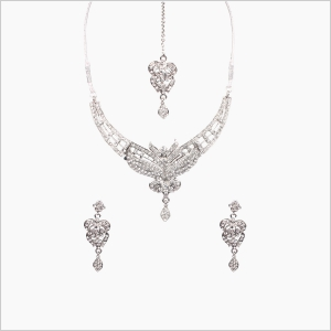Jawaharaat Clear crystal silver plated necklace earrings and forehead jewelry set 20141216_necklaceset3