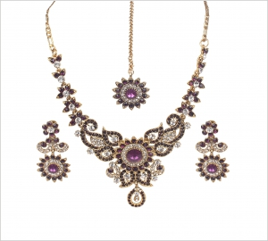 Jawaharaat Stunning floral design necklace set with earrings and maangtika forehead jewelery 20141216_necklaceset7