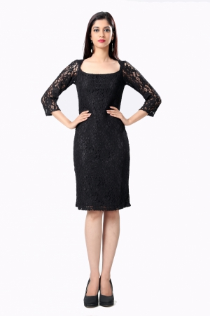 Eavan Black Body con Lace Dress EA909