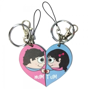 Fashionable Special Love Struck Couple Key Chain cum Bagtag Gift DLI4CGI126