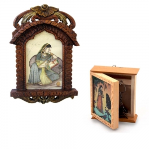 Buy Wooden Jharokha Photoframe And Get Gemstone Painted Key Holder Free DL4COMB121