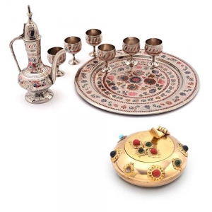 Buy Pure Brass Antique Wine Set And Get Shiny Gemstone Ash Tray Free DL4COMB128