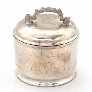 Fine Silver Polish Decorative Design Mouth Freshener Box with Handle DLI4HCF220