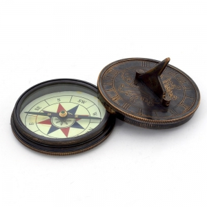 Antique Handicraft Stylish Unique and Useful Brass Sundial Compass DLI4HCF239