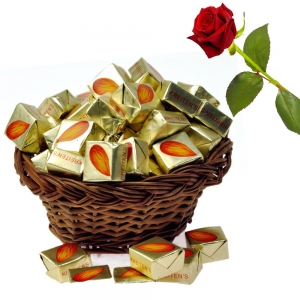 Imported Almond Drops Chocolate Gift 250Gm Imported Almond Chocolate DLV5CHO108