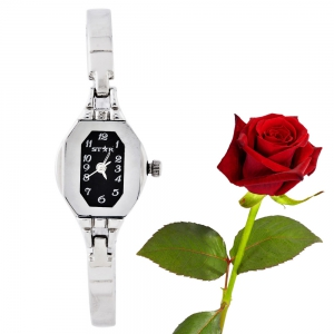Shining Finish Stainless Steel Black Dial Bangle Ladies Watch Valentine Gift DLV5WCL216