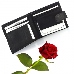 Dashing Gents and Leather Black Wallet for Gents Valentine Gift DLV5WLT180