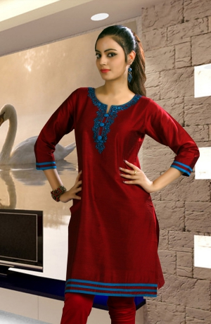 Shubham Fashions Features Blue Features Blue KT-1024