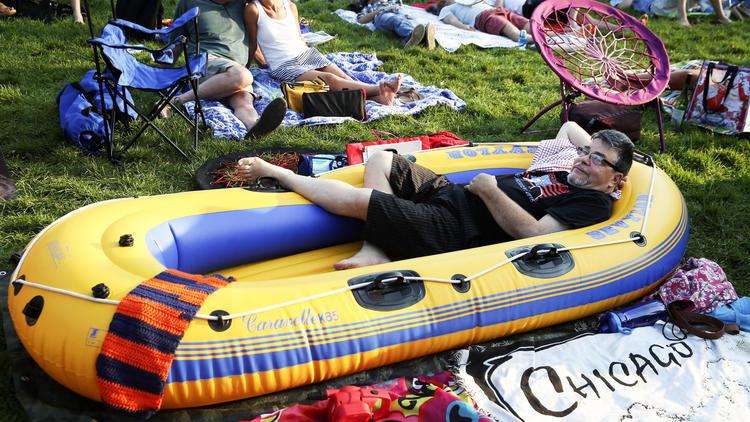Ct-raft-armada-to-celebrate-late-chicagoans-life-at-jazz-fest-photos-20160902
