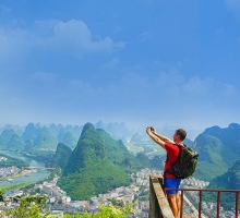 What to Experience While Studying Abroad