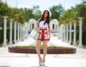 White_summer_chloeting_04