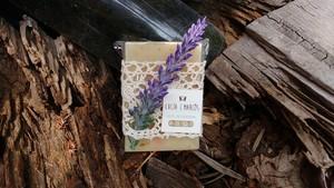 Jab%c3%b3n flor de lavanda y encaje bolillo