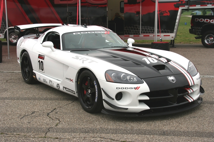 FCA US Media - 2010 Dodge Viper SRT10 ACR-X