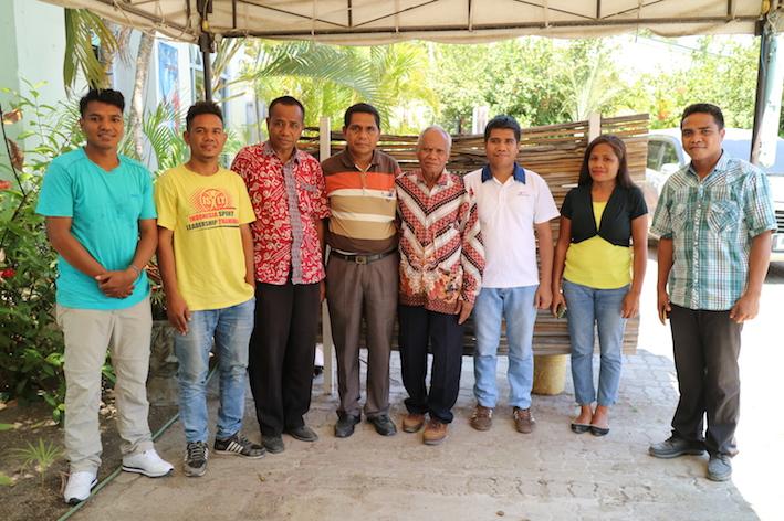 Bible_Translation_Team.JPG