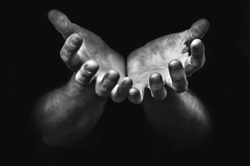 hands2-med
