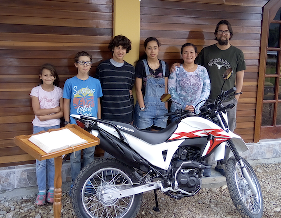 Jorge_family_motorcycle