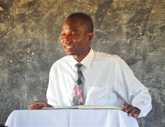Joshua preaching