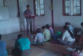 Myanmar_Teaching_Photo