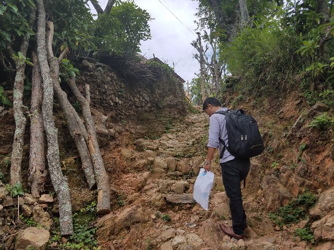 Nepal walking