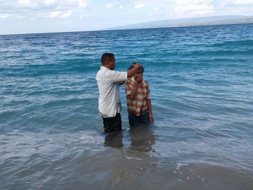 TL_baptism5