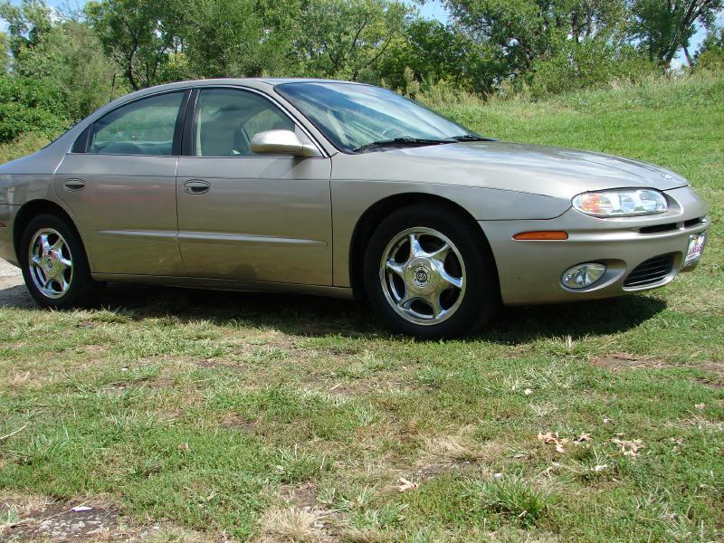 oldsmobile aurora for sale in olathe ks. Black Bedroom Furniture Sets. Home Design Ideas