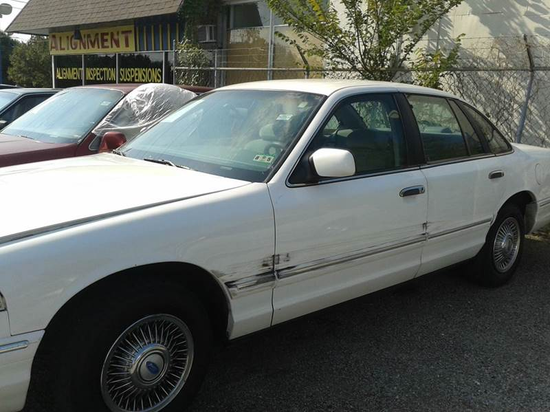1996 Ford Crown Victoria For Sale