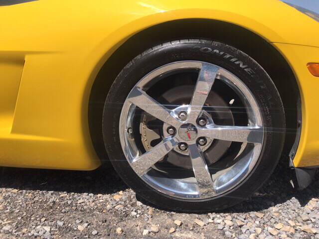 2006 Yellow Chevrolet Corvette Coupe  | C6 Corvette Photo 6
