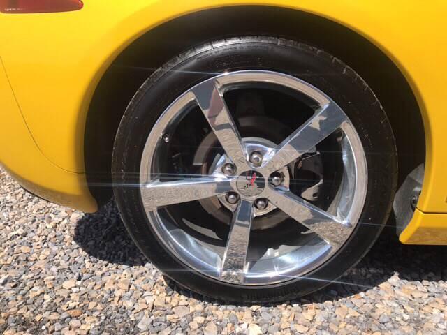 2006 Yellow Chevrolet Corvette Coupe  | C6 Corvette Photo 7