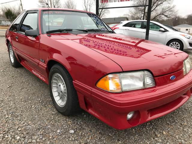 1989 Ford Mustang GT 2dr Hatchback: 1989 Ford Mustang GT 2dr Hatchback Manual 5-Speed RWD V8 5.0L Gasoline