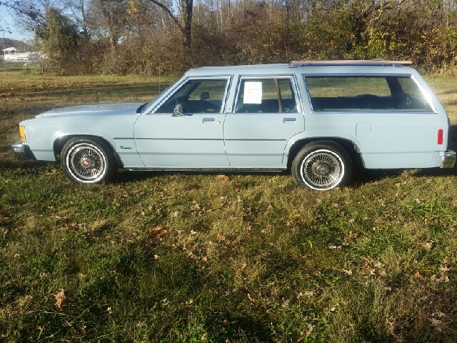 1987 ford crown victoria base 4dr wagon ebay. Black Bedroom Furniture Sets. Home Design Ideas