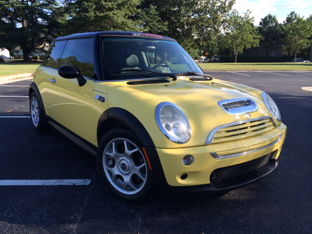 2002 mini cooper for sale in virginia beach va. Black Bedroom Furniture Sets. Home Design Ideas