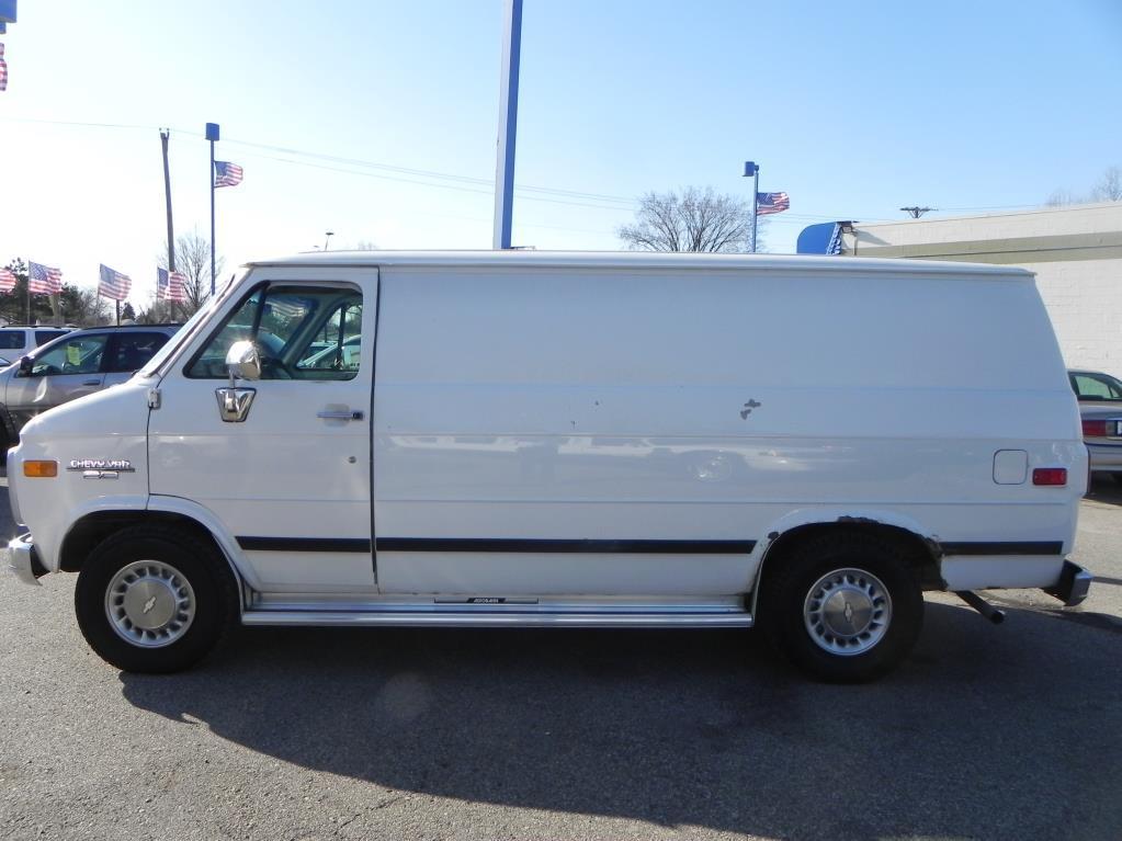 1995 chevrolet chevy van for sale in clinton township mi. Black Bedroom Furniture Sets. Home Design Ideas