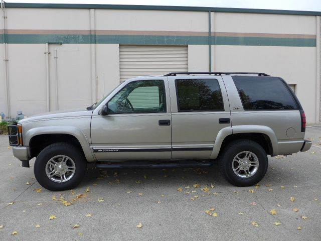 chevrolet tahoe limited z71 for sale in iowa. Black Bedroom Furniture Sets. Home Design Ideas