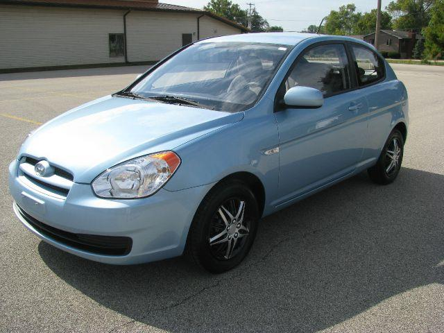 2011 hyundai accent for sale in east peoria il. Black Bedroom Furniture Sets. Home Design Ideas