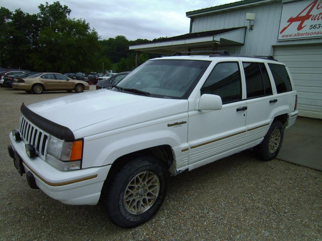 1995 jeep grand cherokee for sale in spillville ia. Black Bedroom Furniture Sets. Home Design Ideas