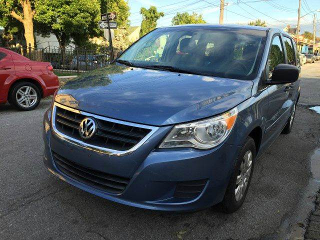 2011 Volkswagen Routan for sale in Staten Island, NY