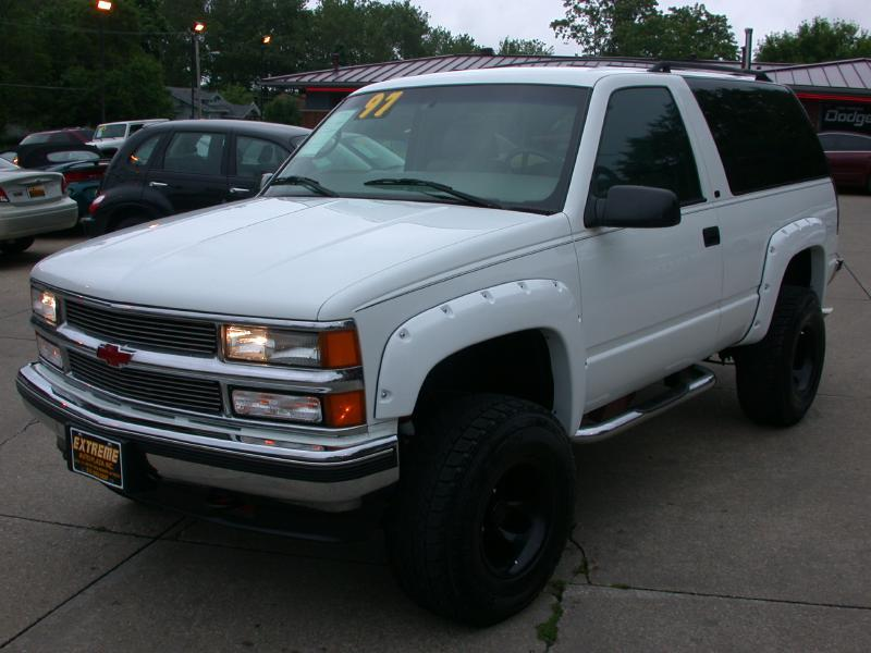 1997 chevrolet tahoe for sale in des moines ia. Black Bedroom Furniture Sets. Home Design Ideas