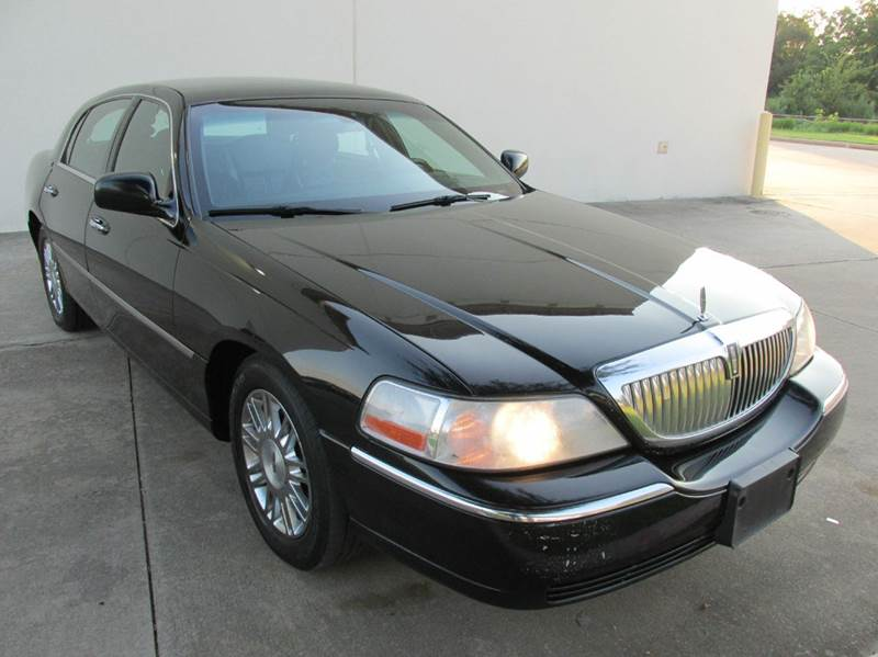 2008 lincoln town car for sale in richmond tx. Black Bedroom Furniture Sets. Home Design Ideas
