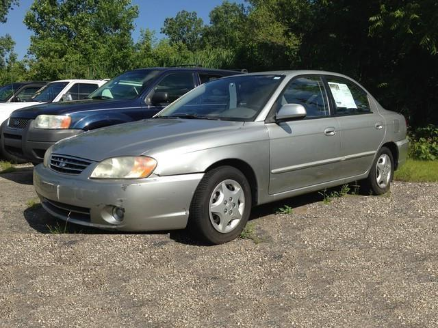 2002 kia spectra for sale in taylor mi for Paramount motors taylor mi