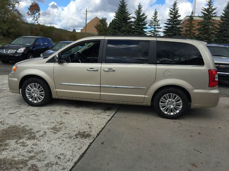 2013 chrysler town and country for sale in baltimore md. Black Bedroom Furniture Sets. Home Design Ideas
