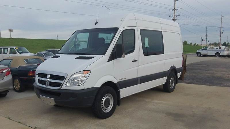 cargo vans for sale in maquoketa ia. Black Bedroom Furniture Sets. Home Design Ideas