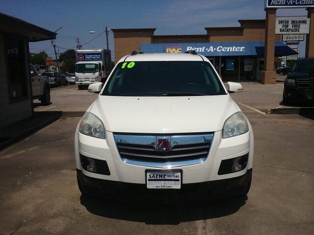 2010 Saturn Outlook For Sale In Victoria Tx