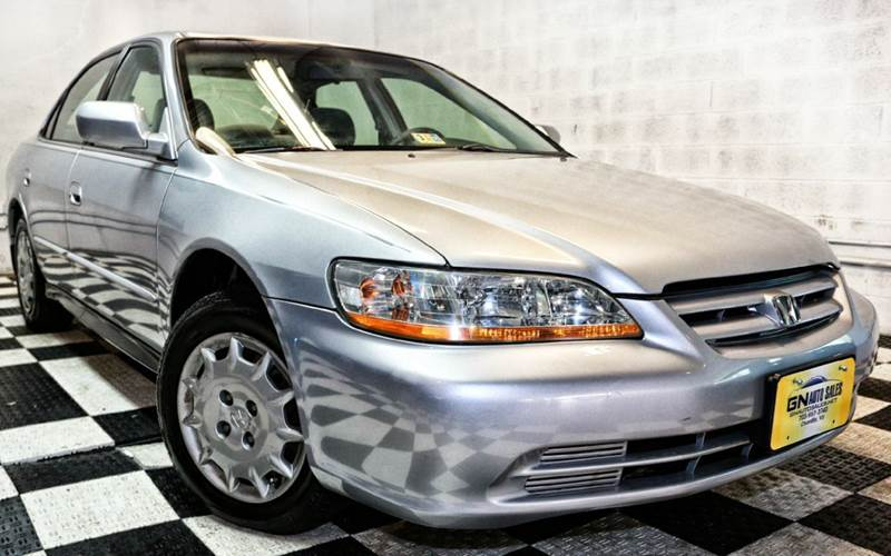 Cars for sale at virginia luxury motors chantilly va for Chantilly mercedes benz dealer