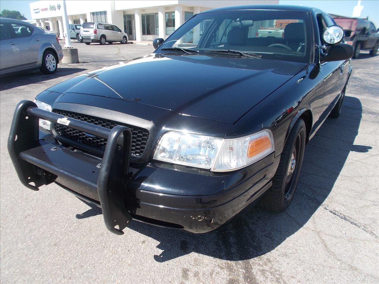 2010 ford crown victoria for sale in arkansas city ks. Black Bedroom Furniture Sets. Home Design Ideas