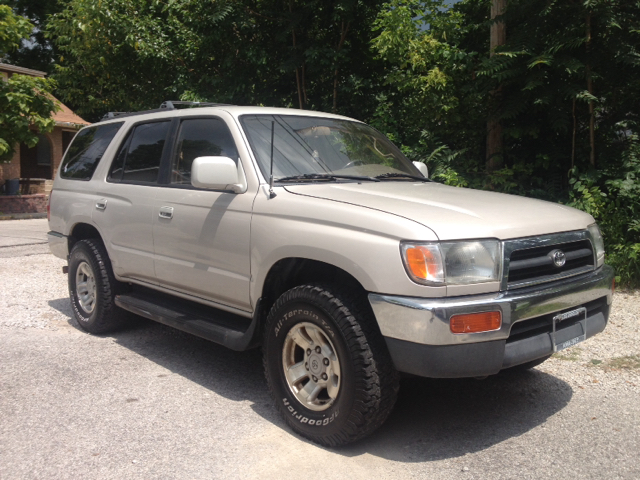 1996 toyota 4runner for sale in bloomington in. Black Bedroom Furniture Sets. Home Design Ideas