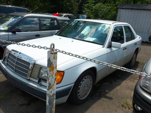 Mercedes benz 300 class for sale in anchorage ak for Mercedes benz anchorage
