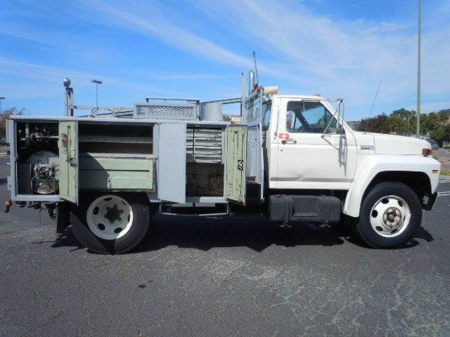 Ford f 800 for sale in south carolina for Royal motors san leandro
