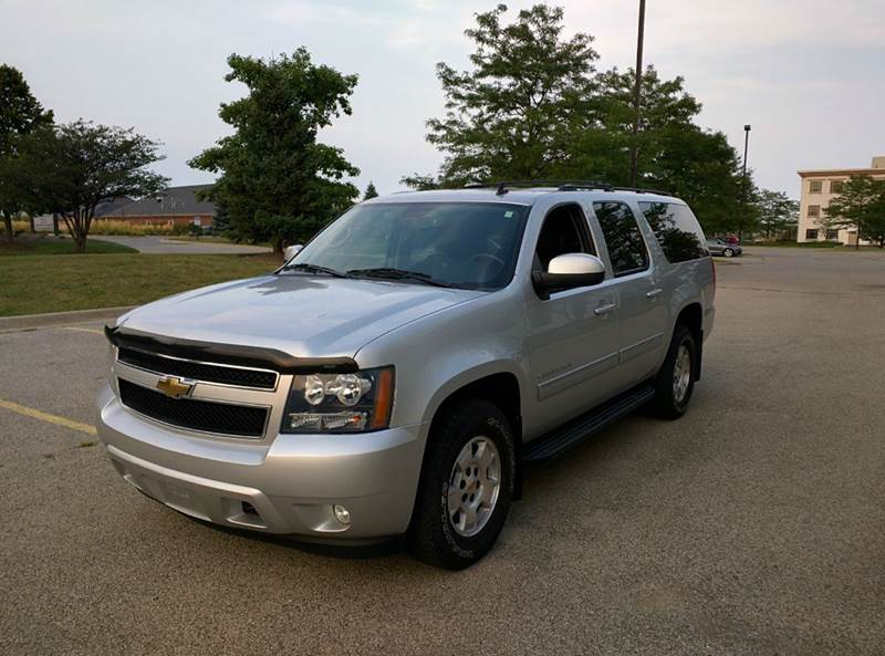 2010 chevrolet suburban for sale in glenview il. Black Bedroom Furniture Sets. Home Design Ideas