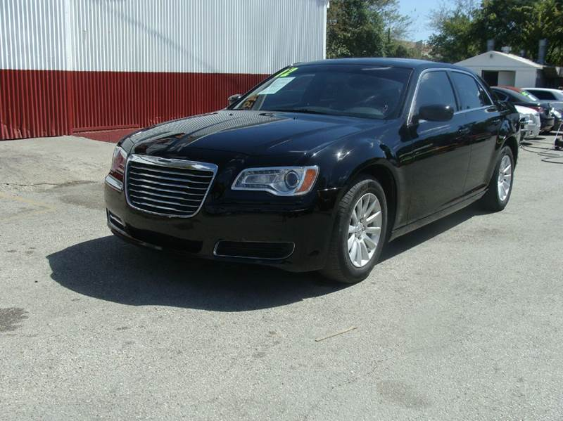 2012 chrysler 300 for sale. Black Bedroom Furniture Sets. Home Design Ideas